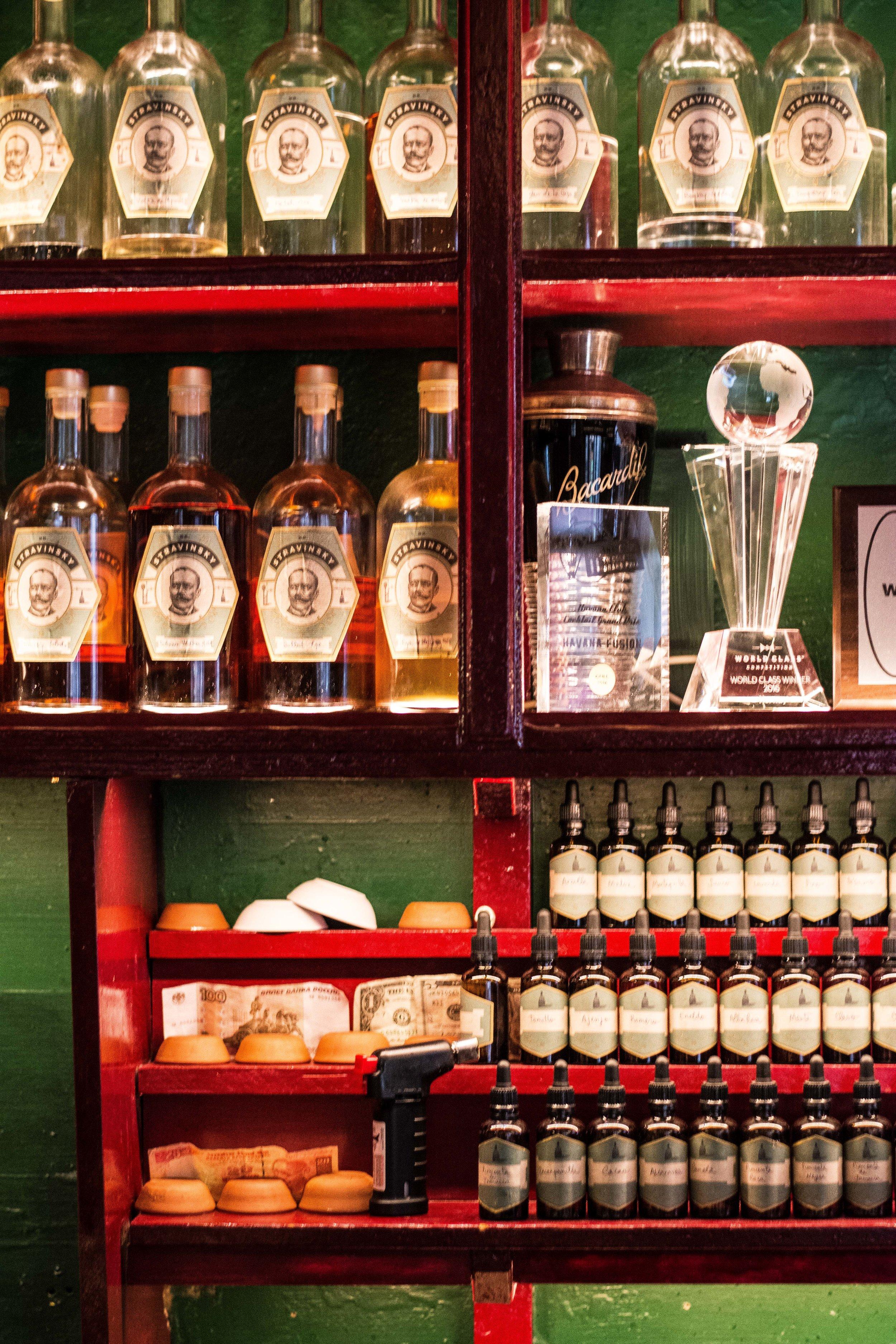 Dr Stravinsky cocktail bar, Barcelona