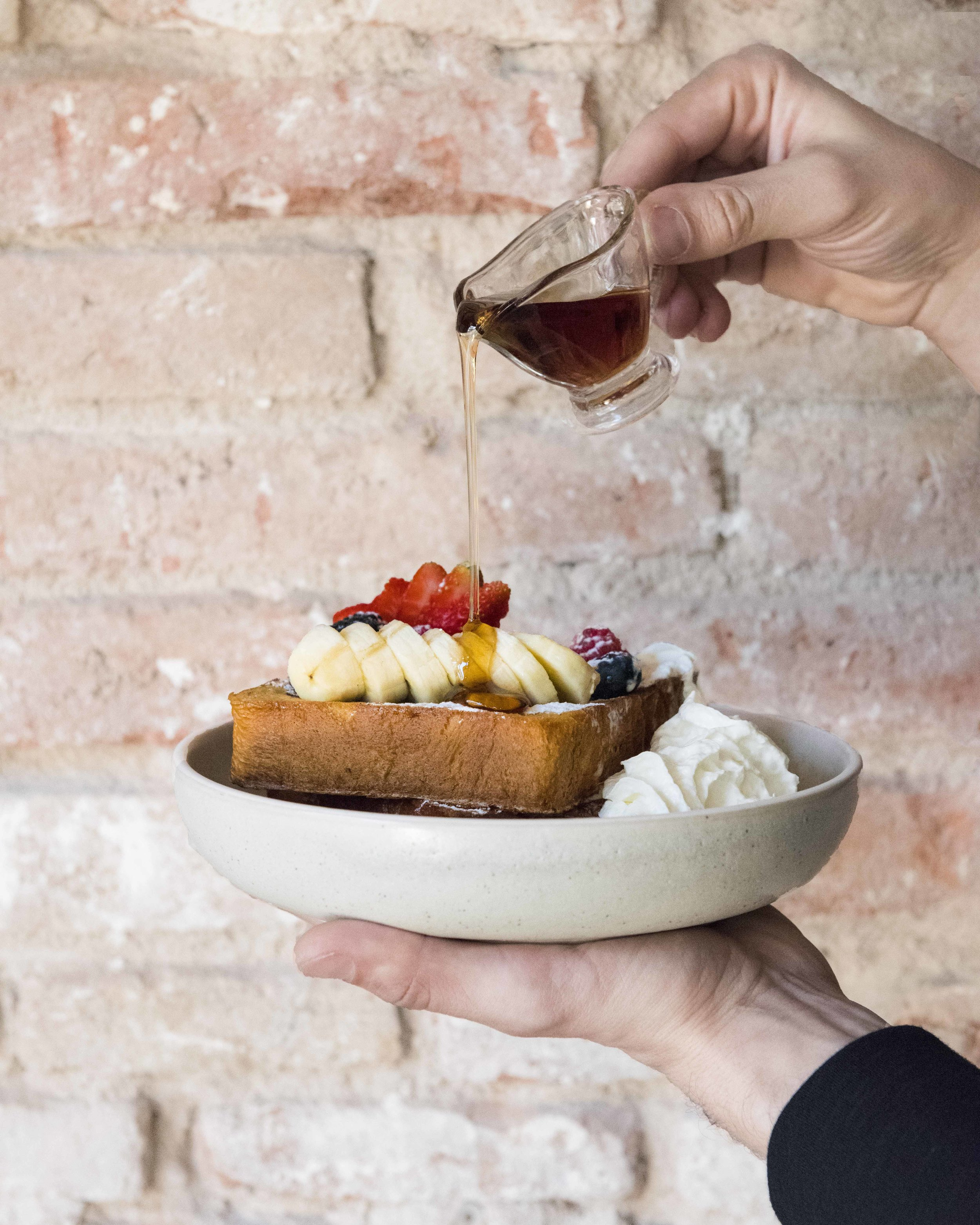 Best Brunches in Barcelona Oma Bistro