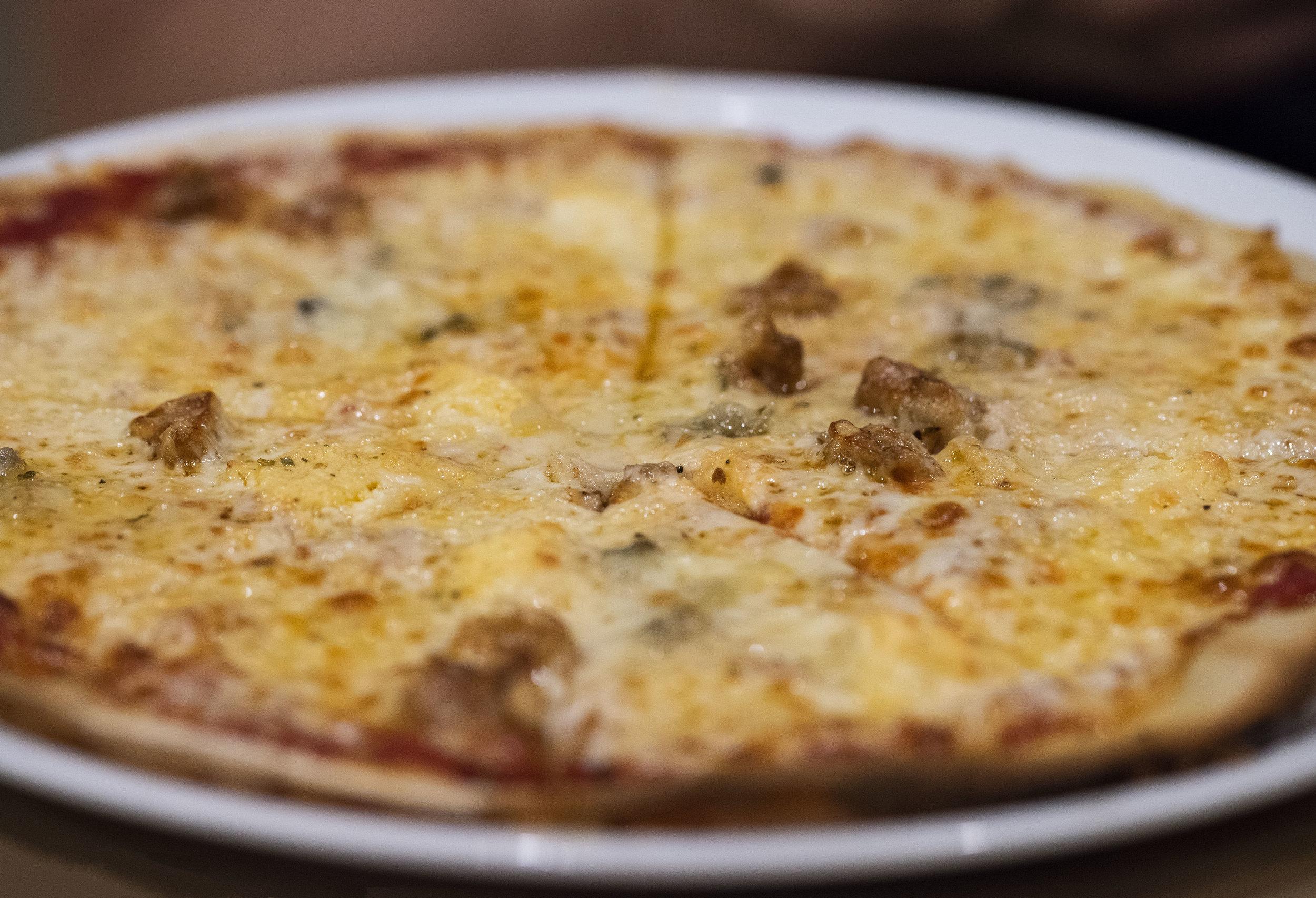 Gluten free pizza at Messie, Barcelona