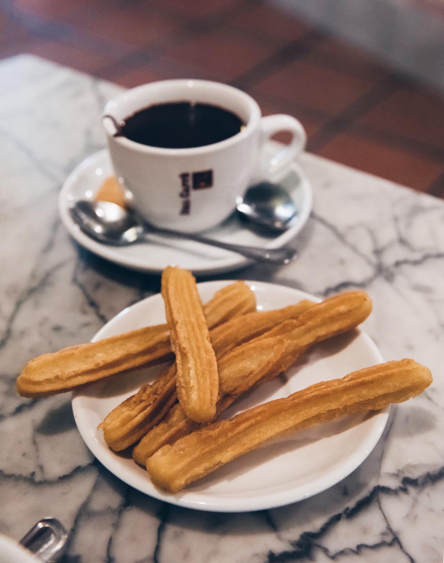 Churros and hot chocolate at La Nena, Barcelona
