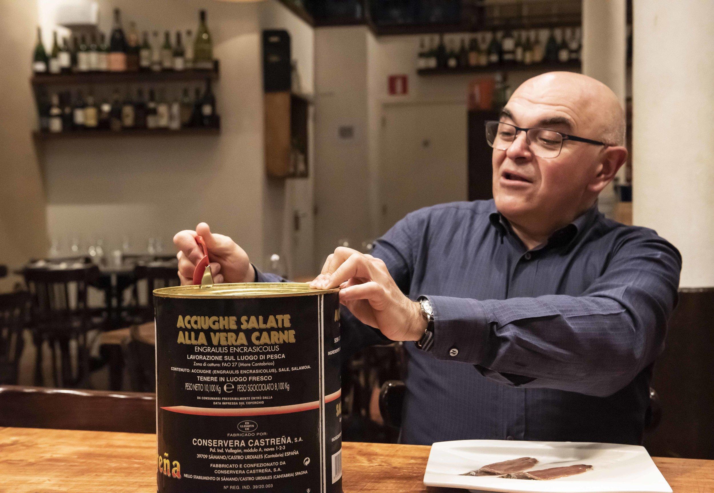 Joan Carles Ninou at Bodega La Puntual, Barcelona. Photo © Barcelona Food Experience