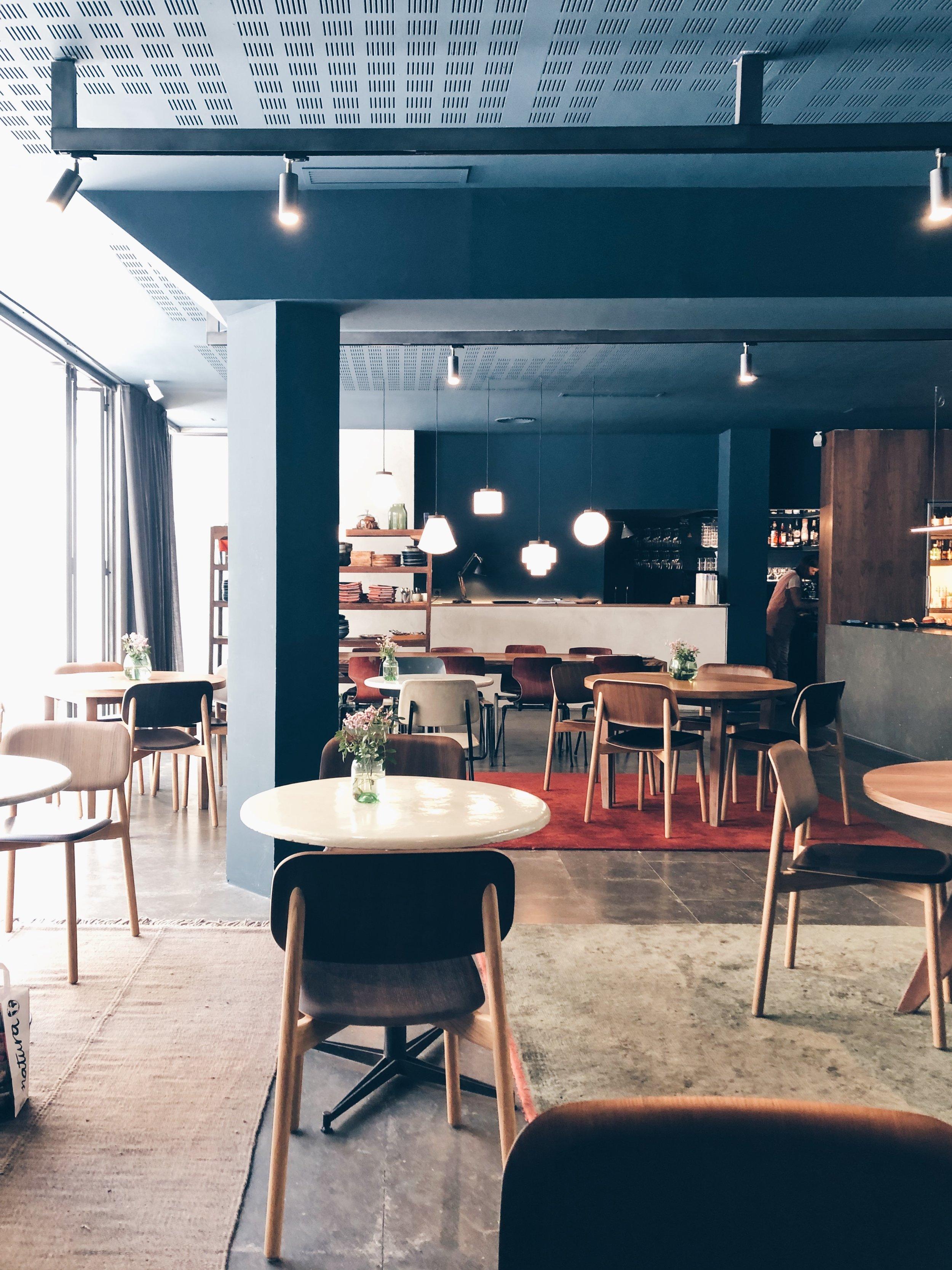 Les Filles Cafe, Barcelona. Photo © Barcelona Food Experience.