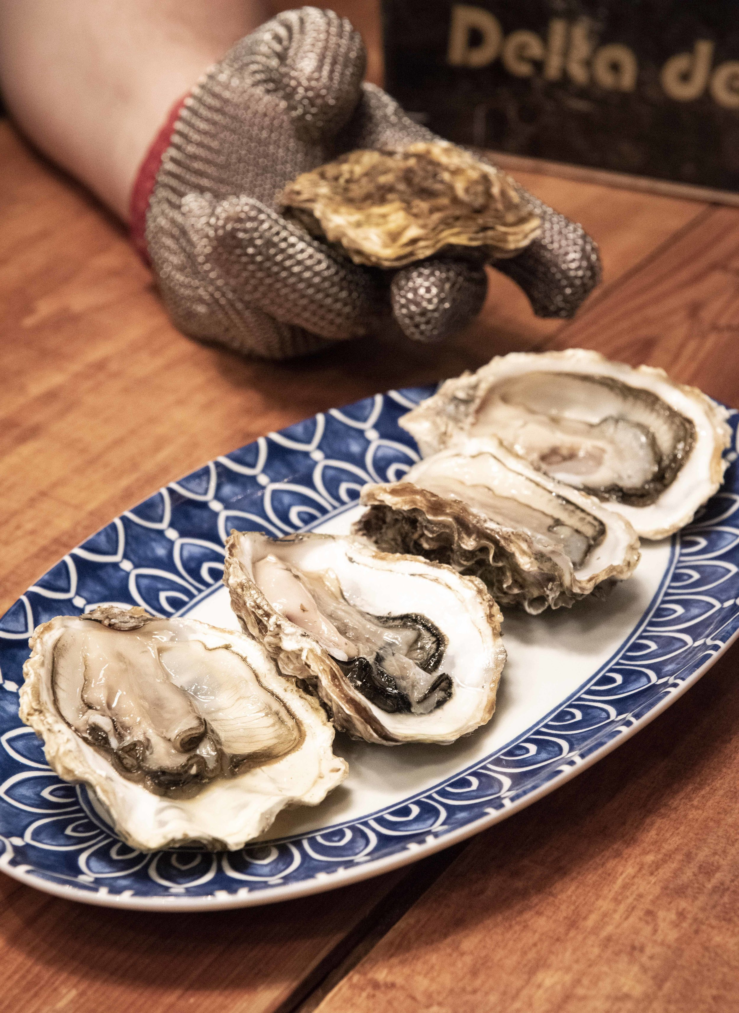 Oysters from the Ebro Delta. Photo © Barcelona Food Experience.