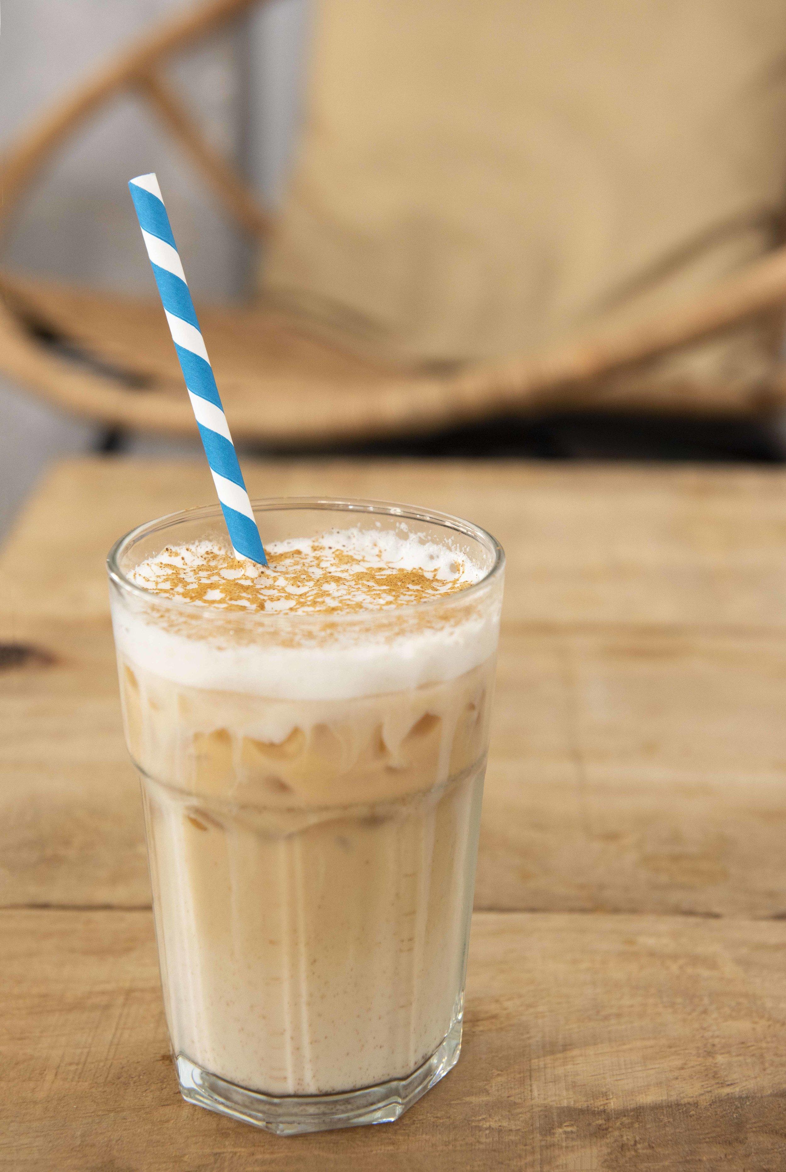 Iced chai latte at Balafria Coffee Bar, Barcelona. Photo © Barcelona Food Experience.