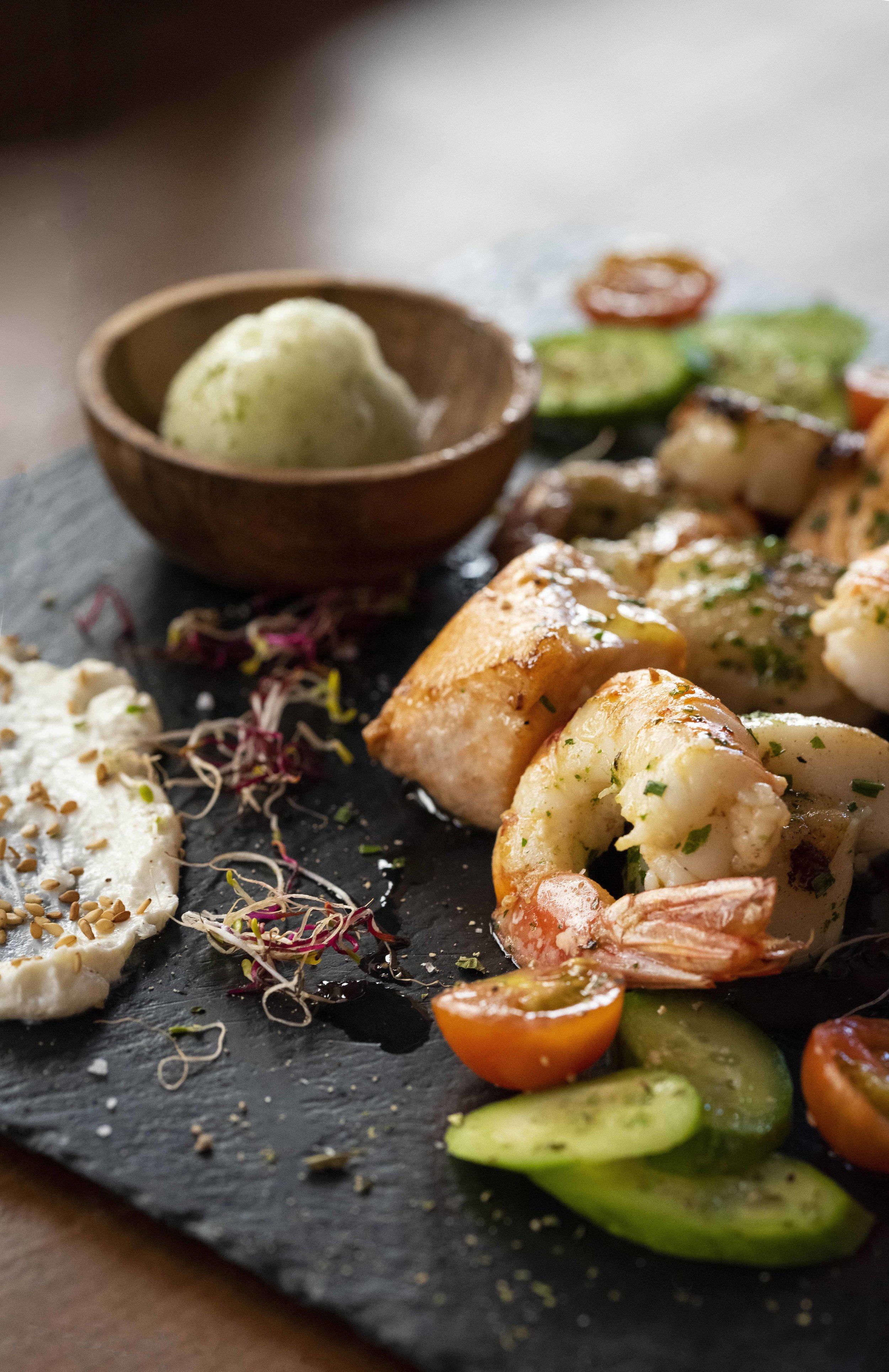 Scallops, shrimp and salmon at About.Salmon Restaurant Barcelona. Photo © Barcelona Food Experience.