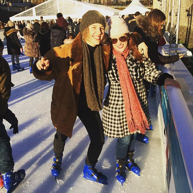 So cool to be skating exactly where Rudolf Hess once skated. With @valeriapozzomusic and @robertjamesaitken  #toweroflondon #prisonerskating #london #winter #skating #christmasinlondon
