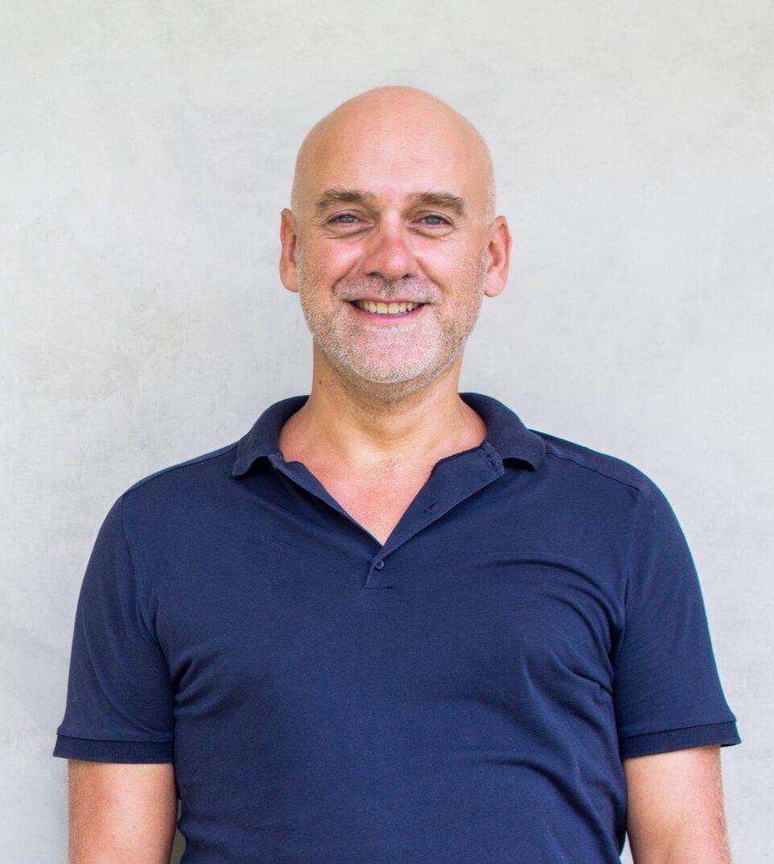 Lionel-gougne-therapeute-enseignant-spirituel-coach.jpg