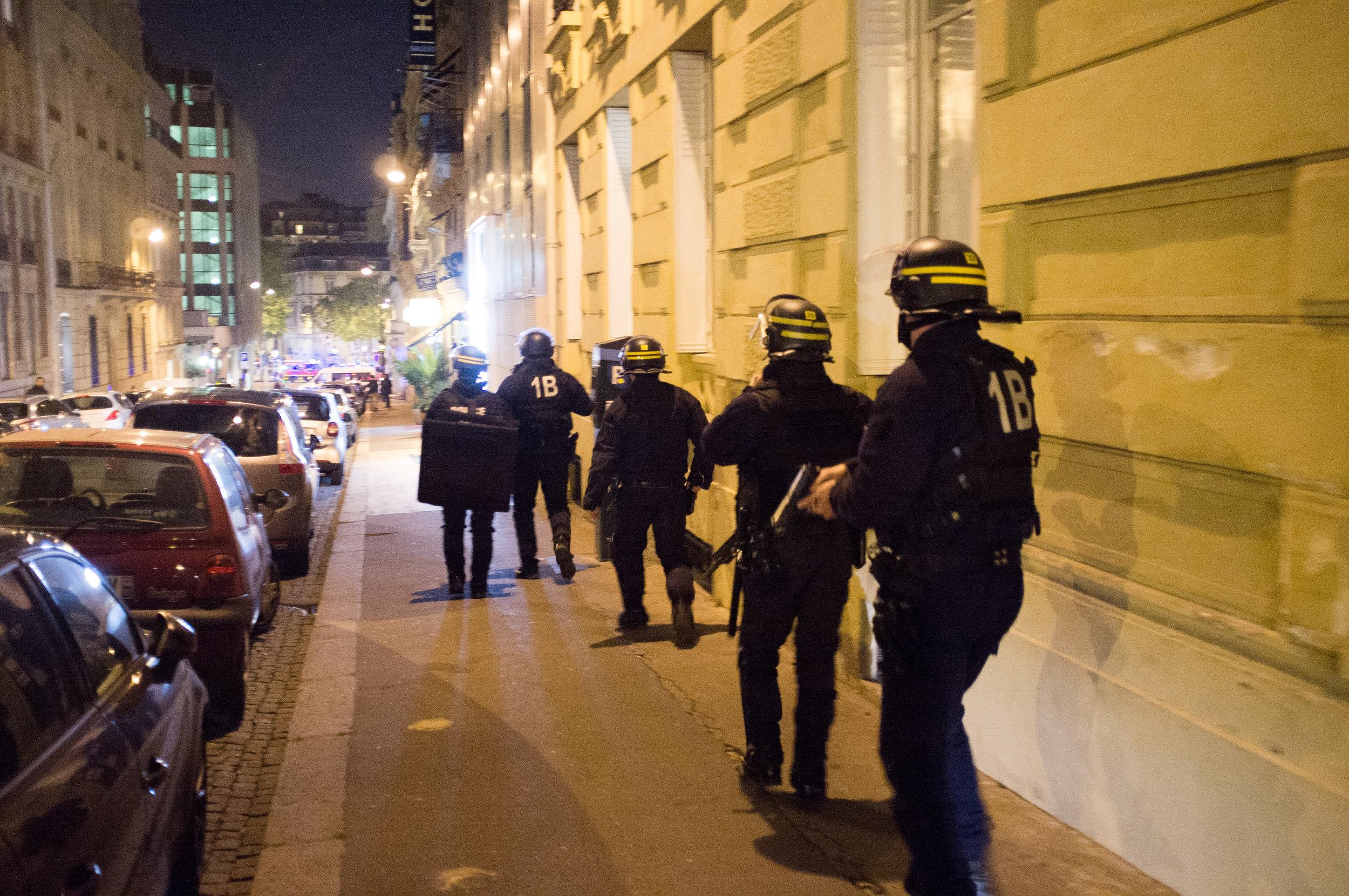 15-20170420-ATTAQUE-CHAMPS-ELYSEES-PARIS©Augustin-Le_Gall-Haytham-Pictures-DSCF6386.jpg