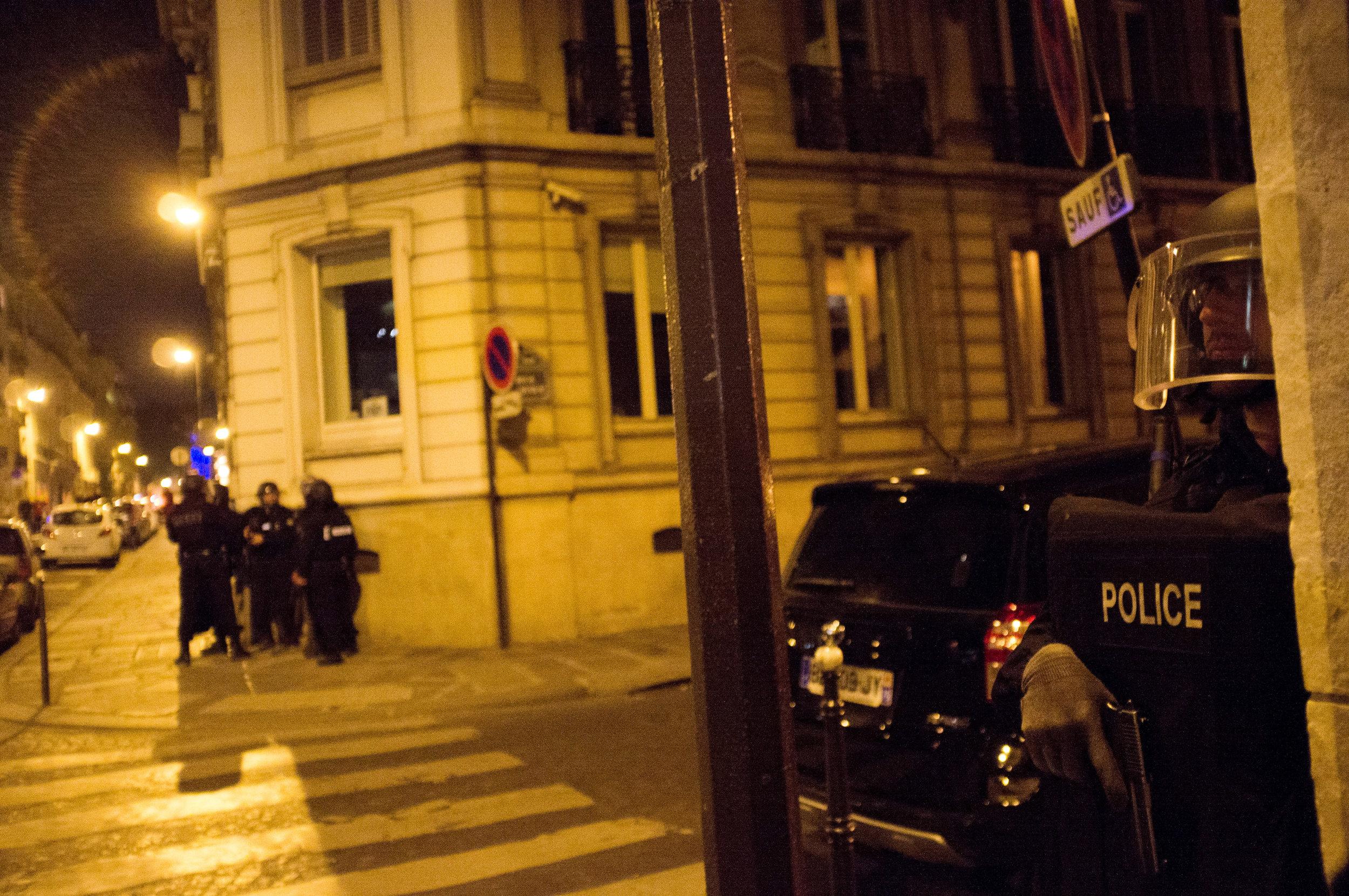 40-20170420-ATTAQUE-CHAMPS-ELYSEES-PARIS©Augustin-Le_Gall-Haytham-Pictures-DSCF6406.jpg