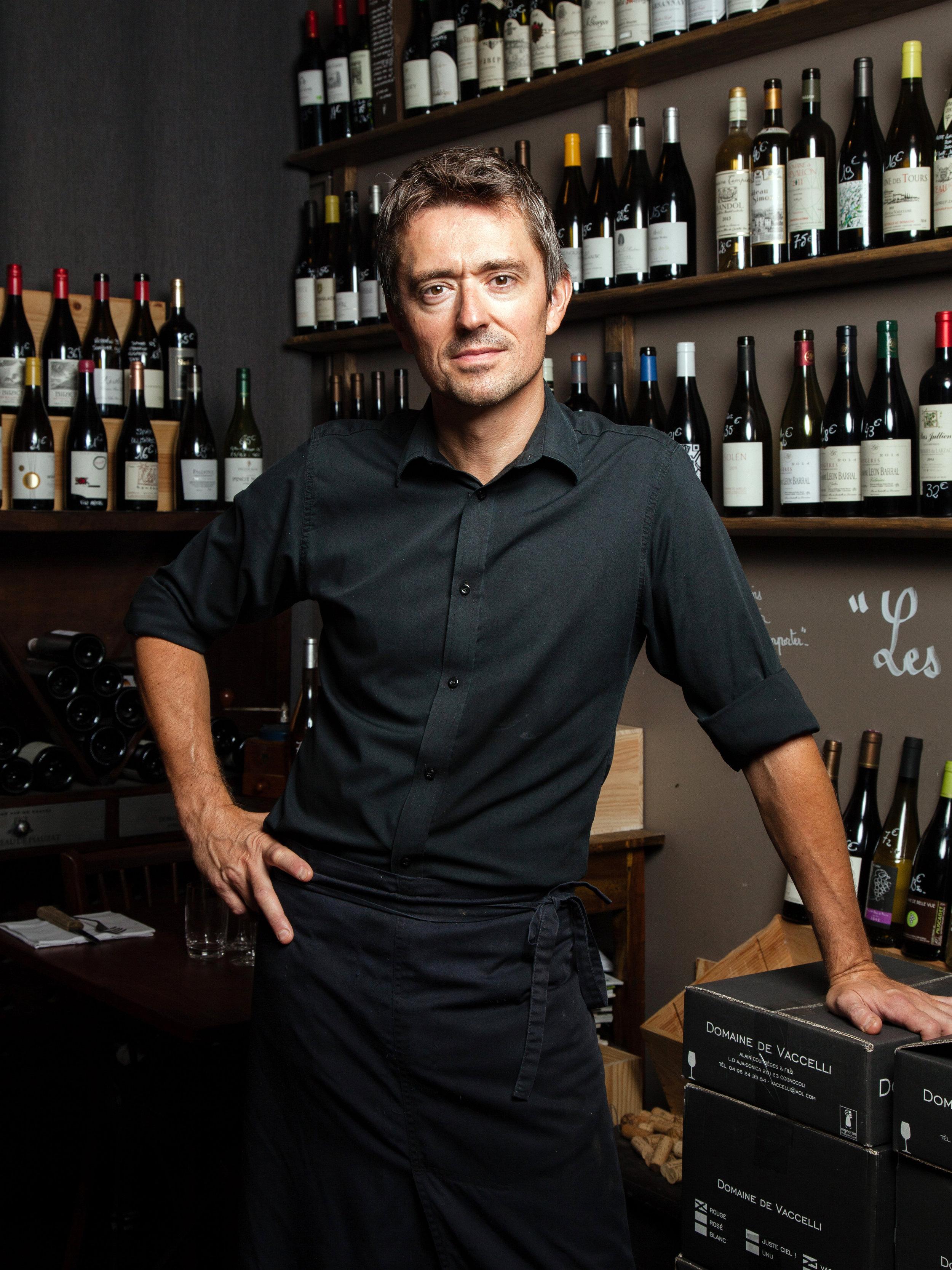 Xavier Ravier, chef du restaurant et cave Les Bouteilles.Nantes.Pour Le Point. Septembre 2017.