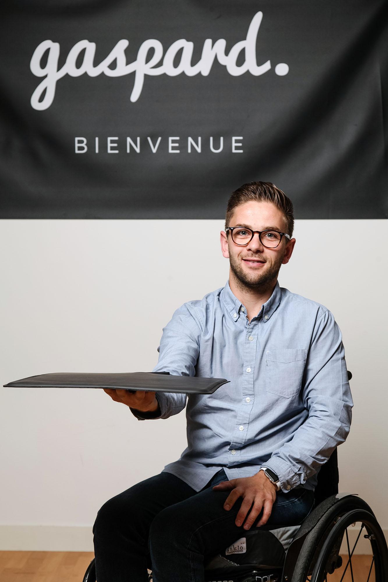 Morgan Lavaux, fondateur de la start-up Gaspard, le coussin connecté anti-escarre. Nantes. Le Point.
