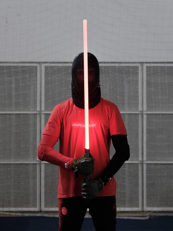Combattant de sabre laser pendant l'Open de France 2019. Paris.