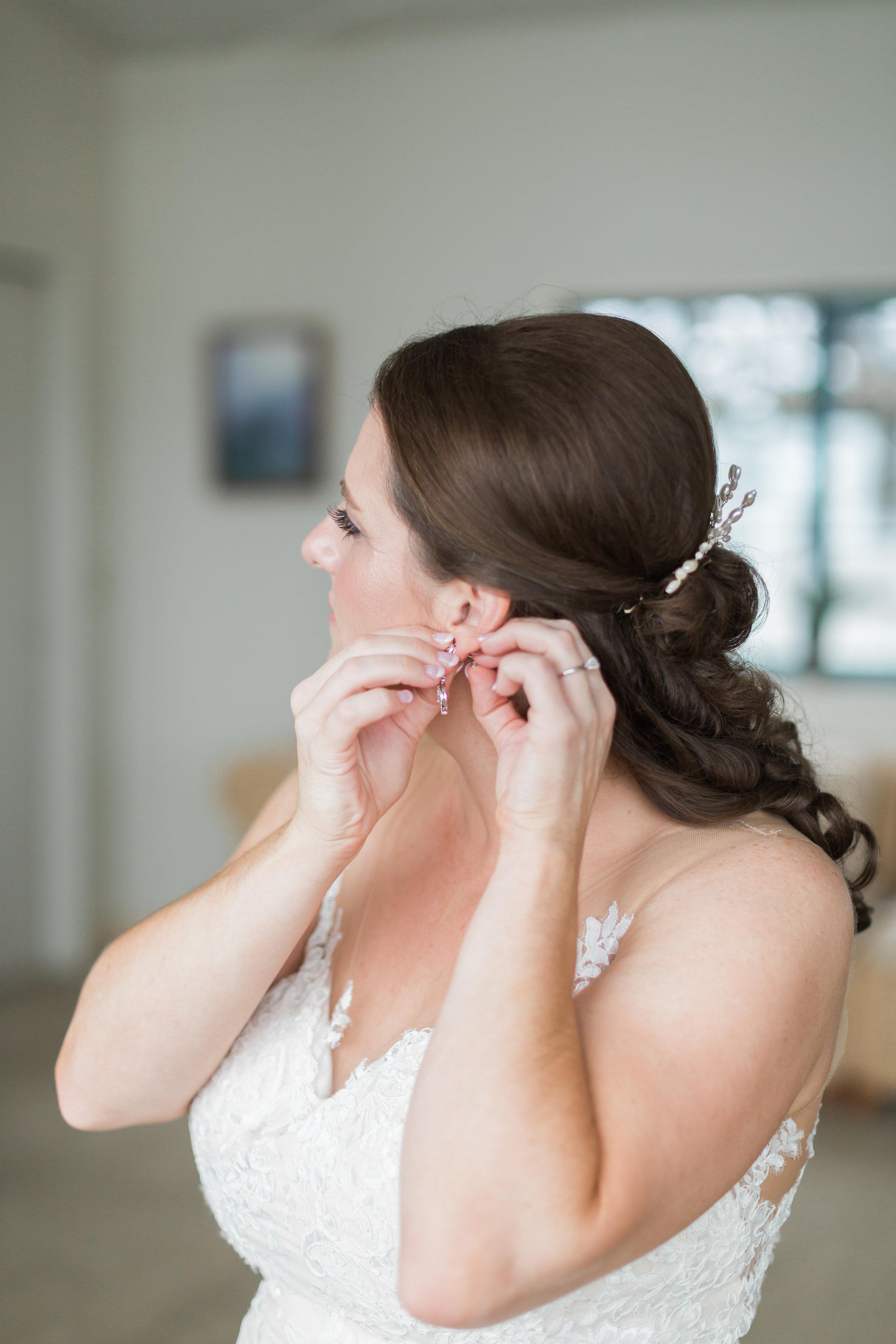 bride-getting-ready-5.jpg