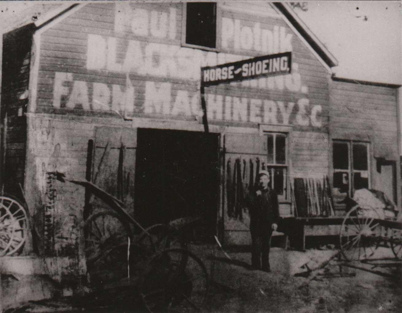 9. Plotnik Blacksmithing