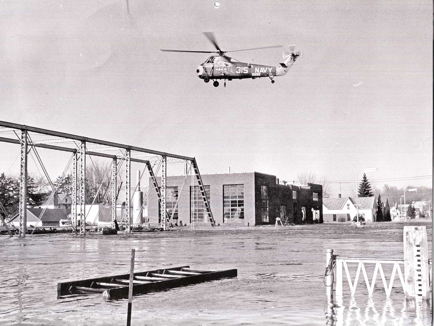 1. Crow River Flood, 1965