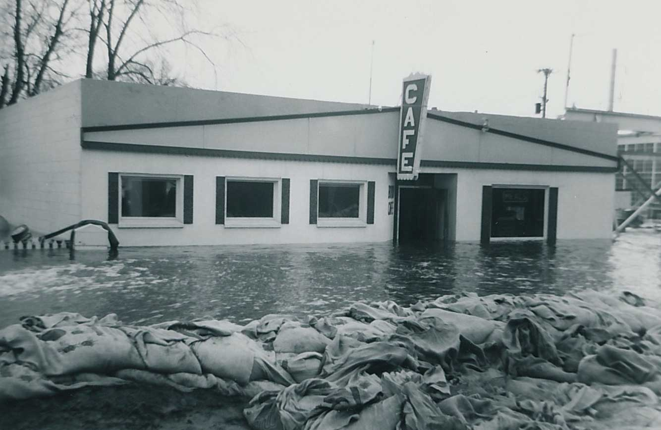 2. Delano Cafe, Flood of 1965