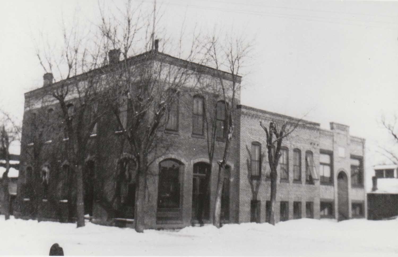 13. Delano Eagle Office Building
