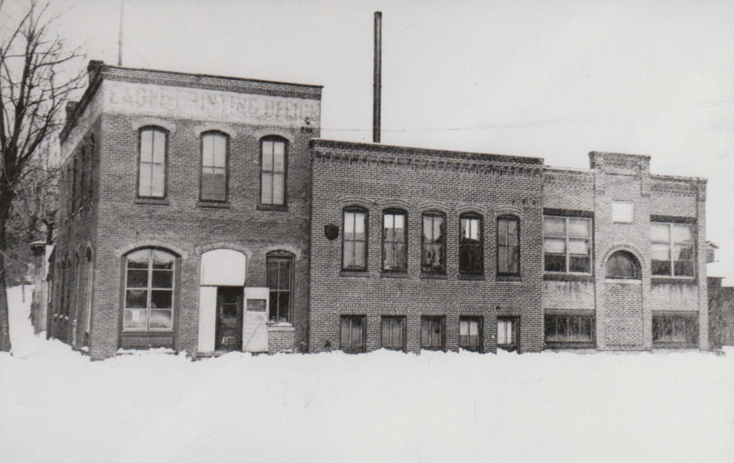14. Eagle Newspaper Office Building