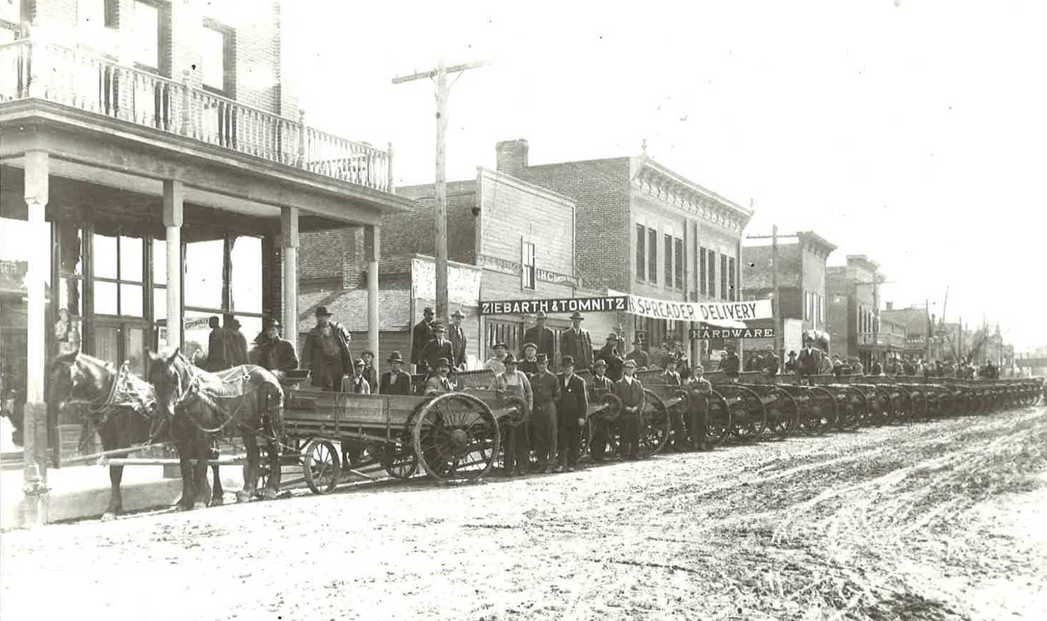 3. Manure Spreaders on River Street