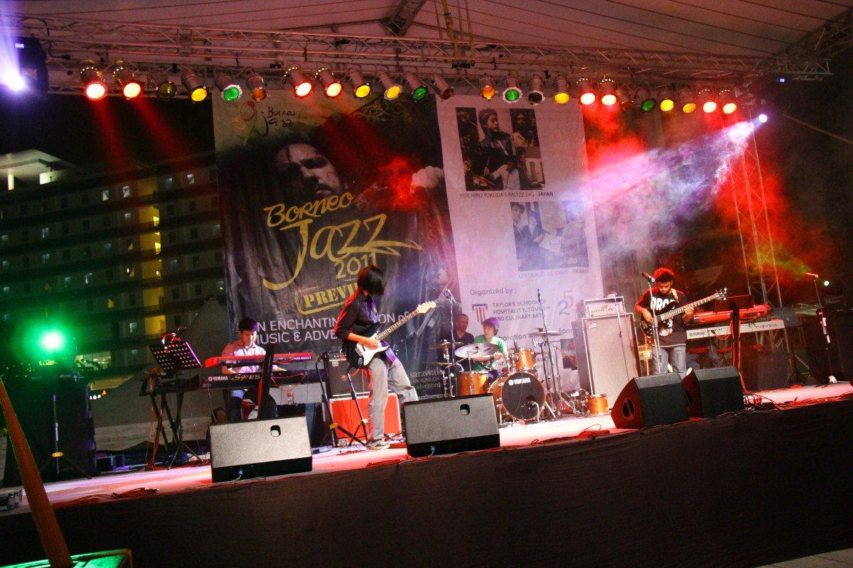 8am at the Borneo Jazz Fest Preview - Kuala Lumpur, Malaysia - July '11