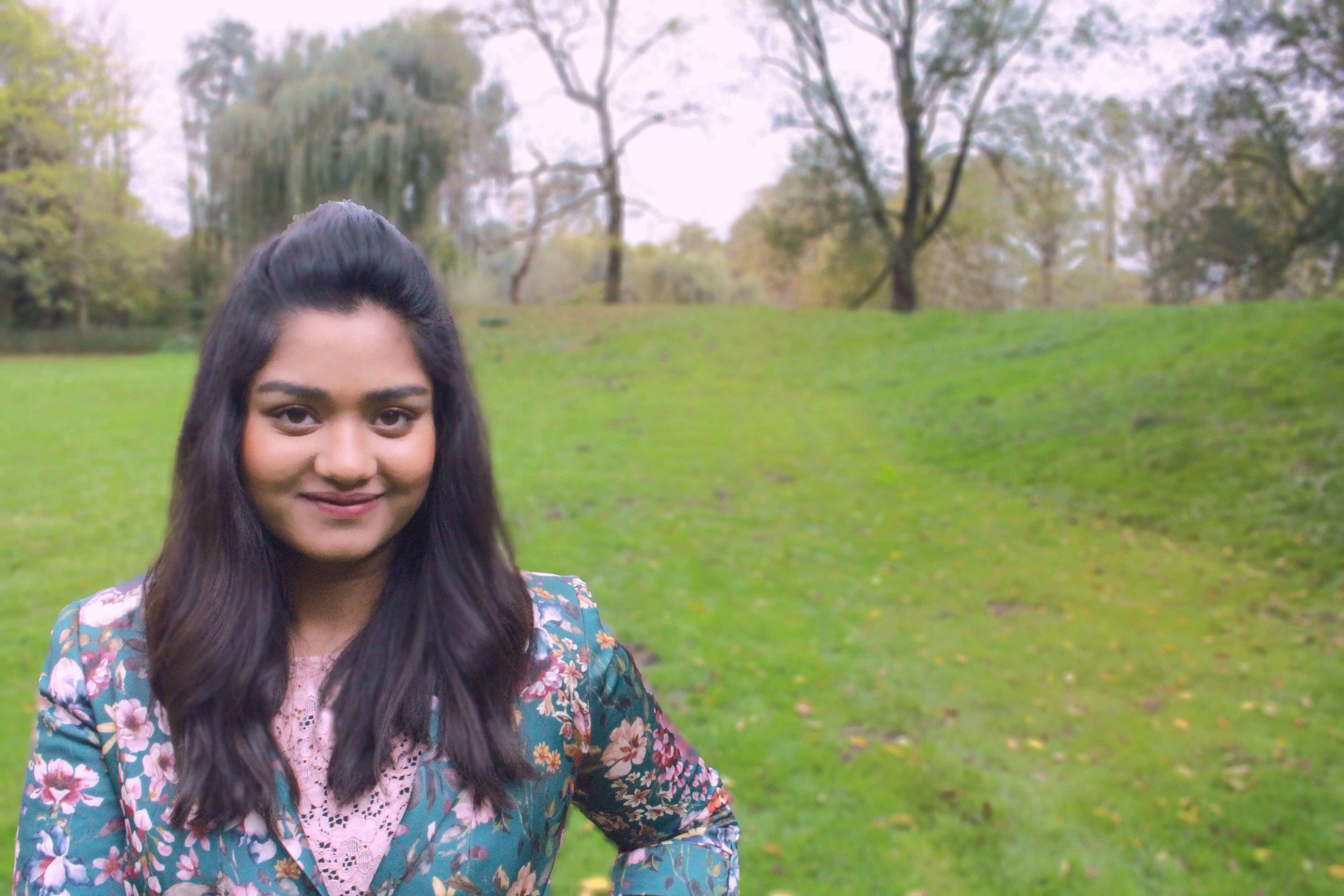 Hi, I'm Audrika, a Business and Productivity Strategist for online entrepreneurs -