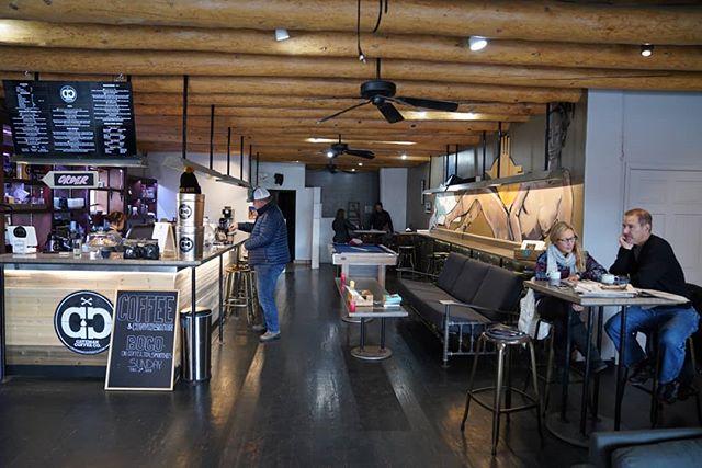 Quality coffee, quality conversation, quality time. . . . #cavemancoffeecave #cavemancoffeeco #coffee #caffeine #motivation #espresso #coffeeshop #local #howtosantafe #simplysantafe #downtownsantafe #santafeplaza #nmtrue #coffeelove #coffeefirst #latteart #latte #cappuccino #skisantafe #skibueno #latteart #holidays #sunday #coffeebeans #thirdwavecoffee #specialtycoffee