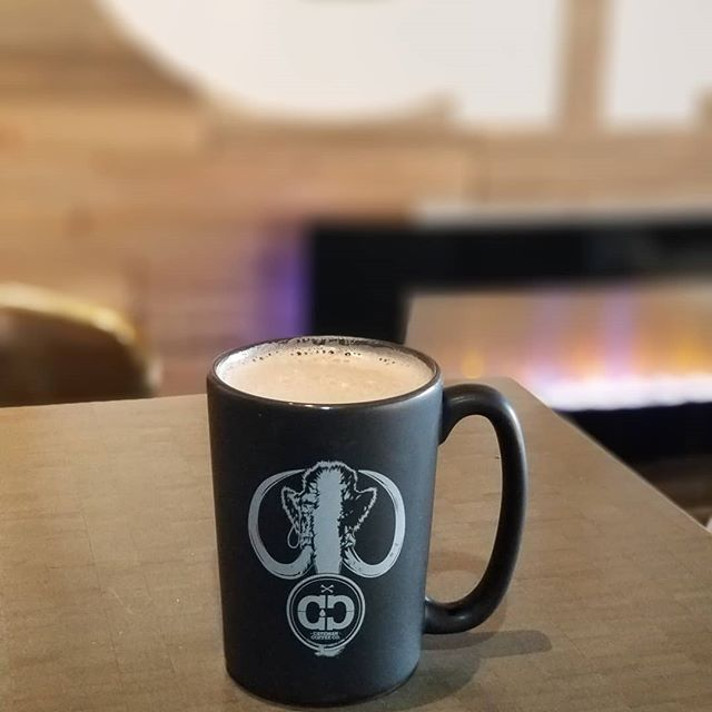 Thank you for an amazing year! We'll be serving up all the caffeinated goodness until 2pm! HAPPY NEW YEAR! . . . #cavemancoffeecave #coffee #coffeeshop #howtosantafe #simplysantafe #happynewyear #2018 #2019