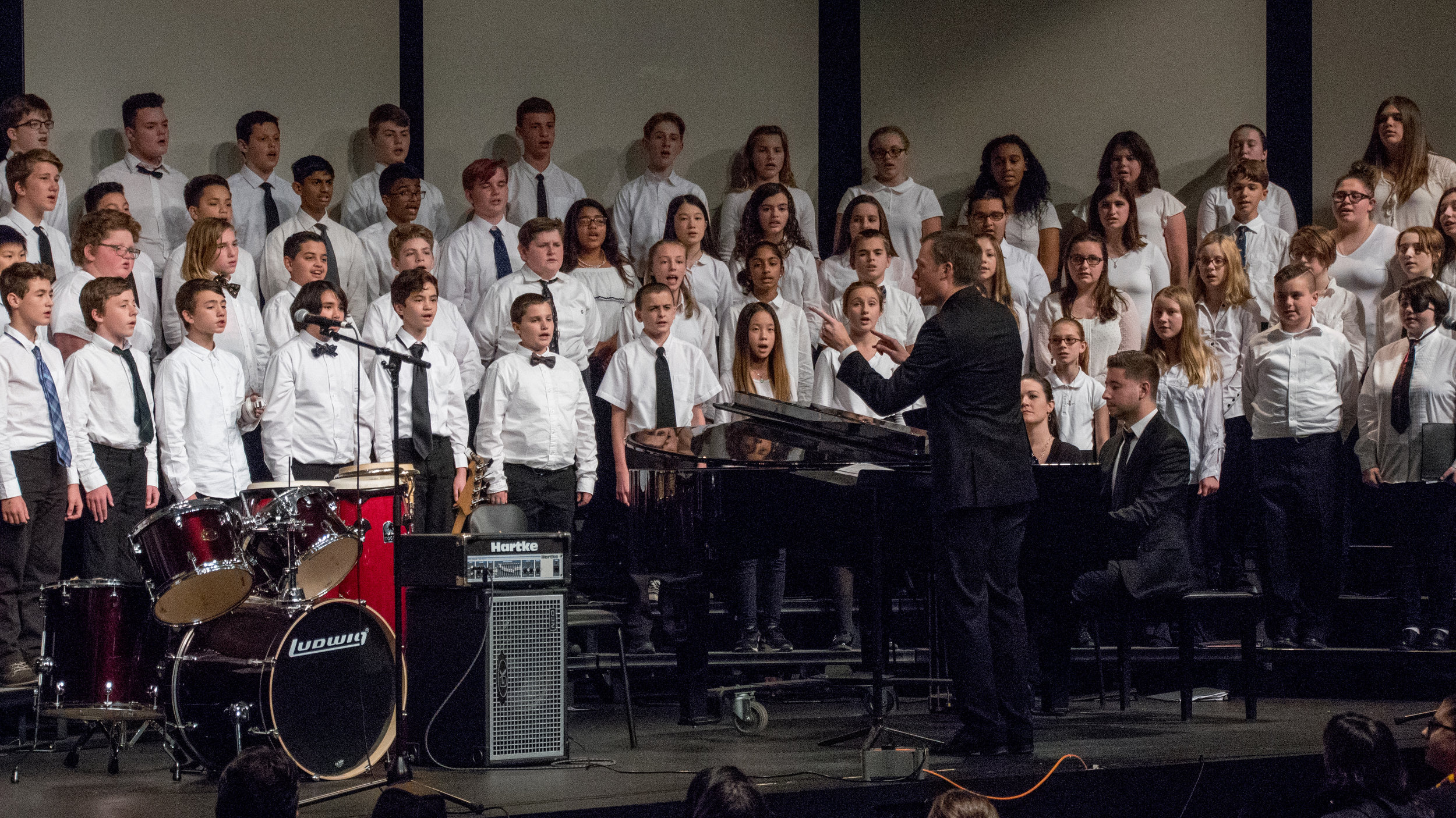 Jonathan Richter and 2018 Middle School Honor Choir