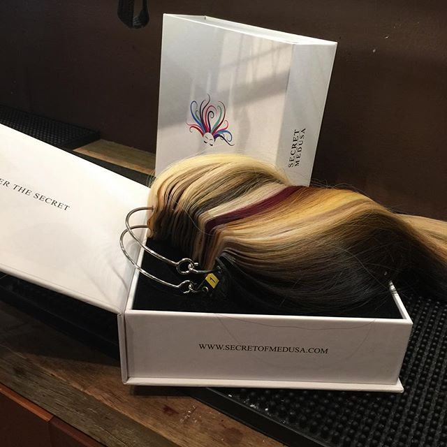 Loving working with the new methods of extensions with the Secrets of Medusa hair extensions!!! Love these guys !!!