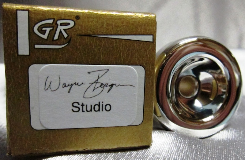 studio_bg-SOLDOUT.png