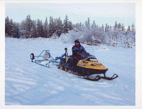 Snowmobile Yukon.JPG