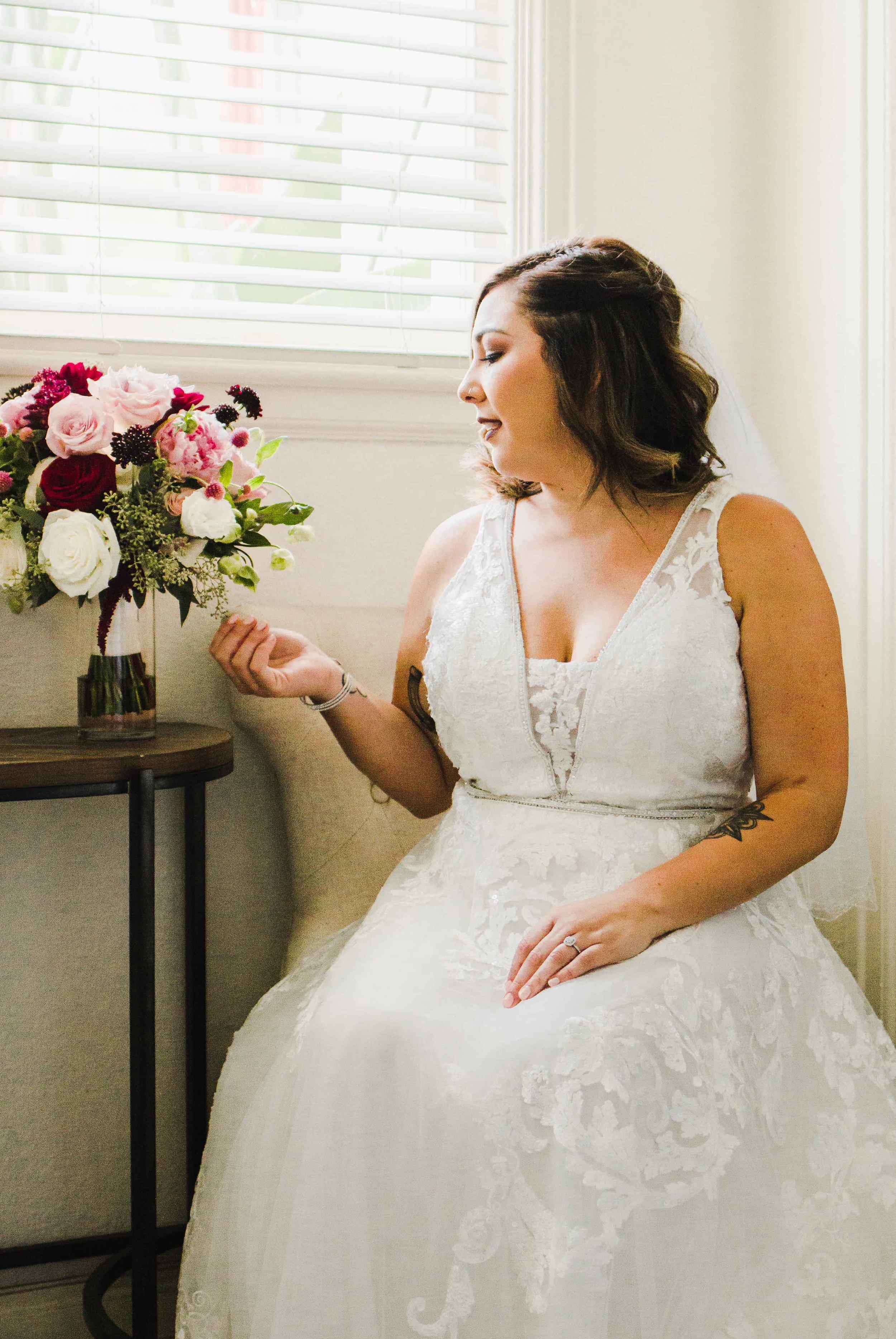 outdoor-fall-wedding-muckenthaler-mansion-orange-county-california-wedding-photographer-2.jpg