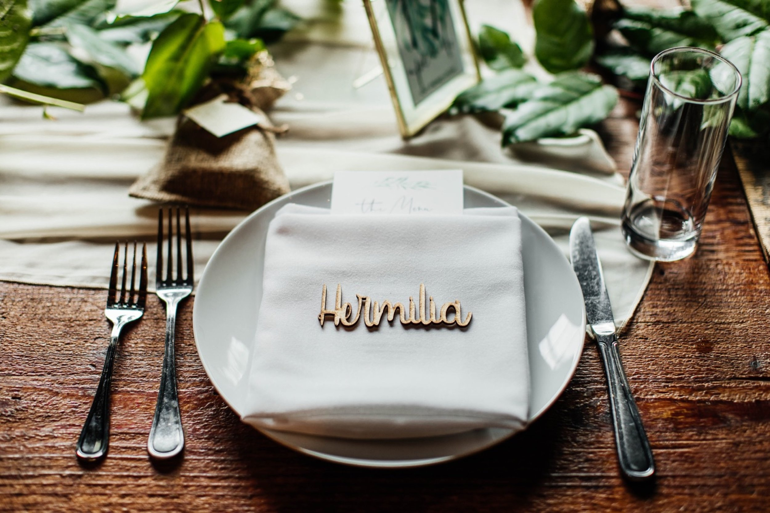 Smoky Hollow Studios Wedding, Place Setting, Wood Etched Place Card, Wedding Decor, Los Angeles Wedding, Los Angeles Wedding Photographer, Los Angeles Wedding Photos, Los Angeles Wedding Photography, DTLA Wedding, California Wedding Photographer, California Wedding Photography, California Wedding Photos, SoCal Wedding Photographer, SoCal Wedding Photos, SoCal Wedding Photography, Los Angeles Wedding Inspo, Destination Wedding California, Elegant Wedding, Modern Wedding, Warehouse Wedding
