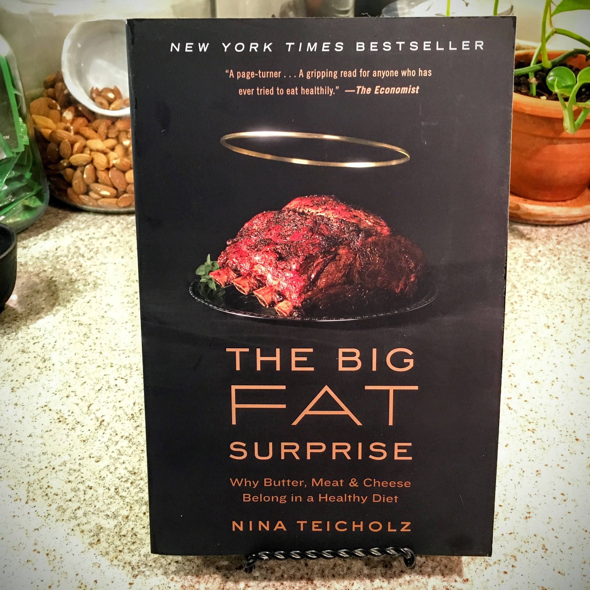 """The big fat surprise   THIS BOOK TAKES UP WHERE """"GOOD CALORIES, BAD CALORIES"""" LEFT OFF. MORE INFORMATION ABOUT THE SHODDY SCIENCE AND BLIND ACCEPTANCE IT THAT HAS BEEN THE HALLMARK OF NUTRITIONAL ADVISE."""
