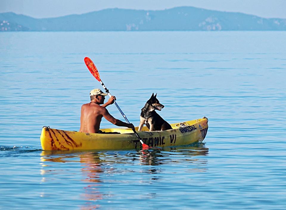 Kayak-Lake-Adventure-Exercise-Clear-Water-Female-1836601.jpg