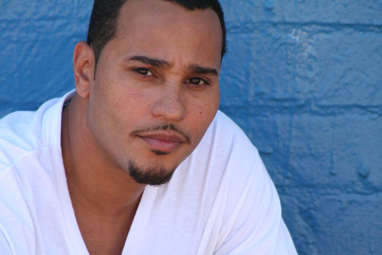 Cisco Reyes as Romy    View IMDb