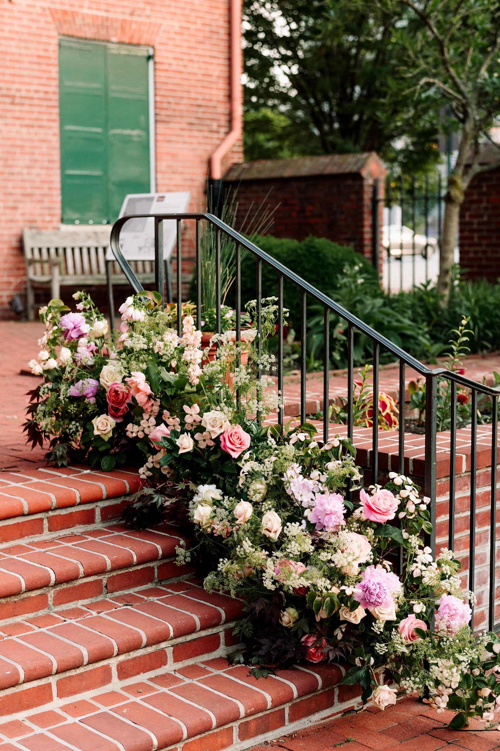 Sophie Felts Floral Design | L + B at The 1840's Plaza | DC Wedding Florist | Maryland Wedding Florist