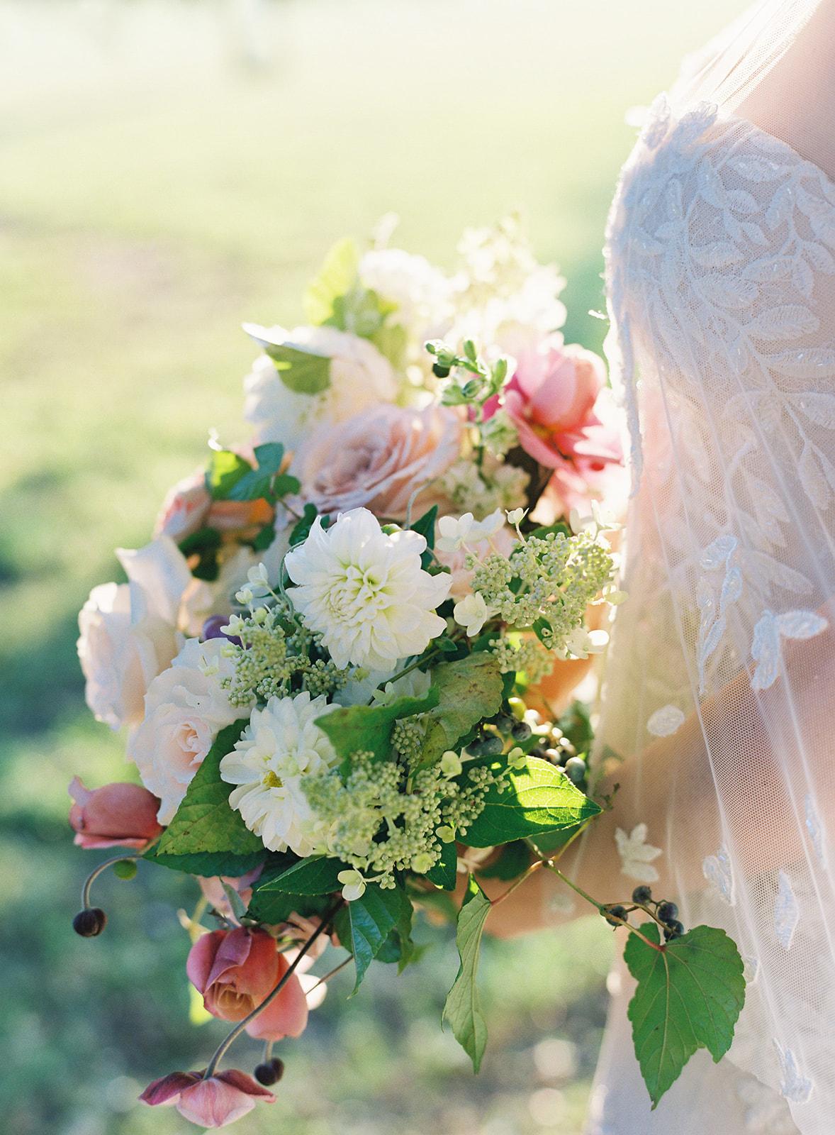 Sophie Felts Floral Design   C + M Brittland Manor   Fall Wedding   Jen Huang   DC Wedding Florist   Eastern Shore Wedding Florist  