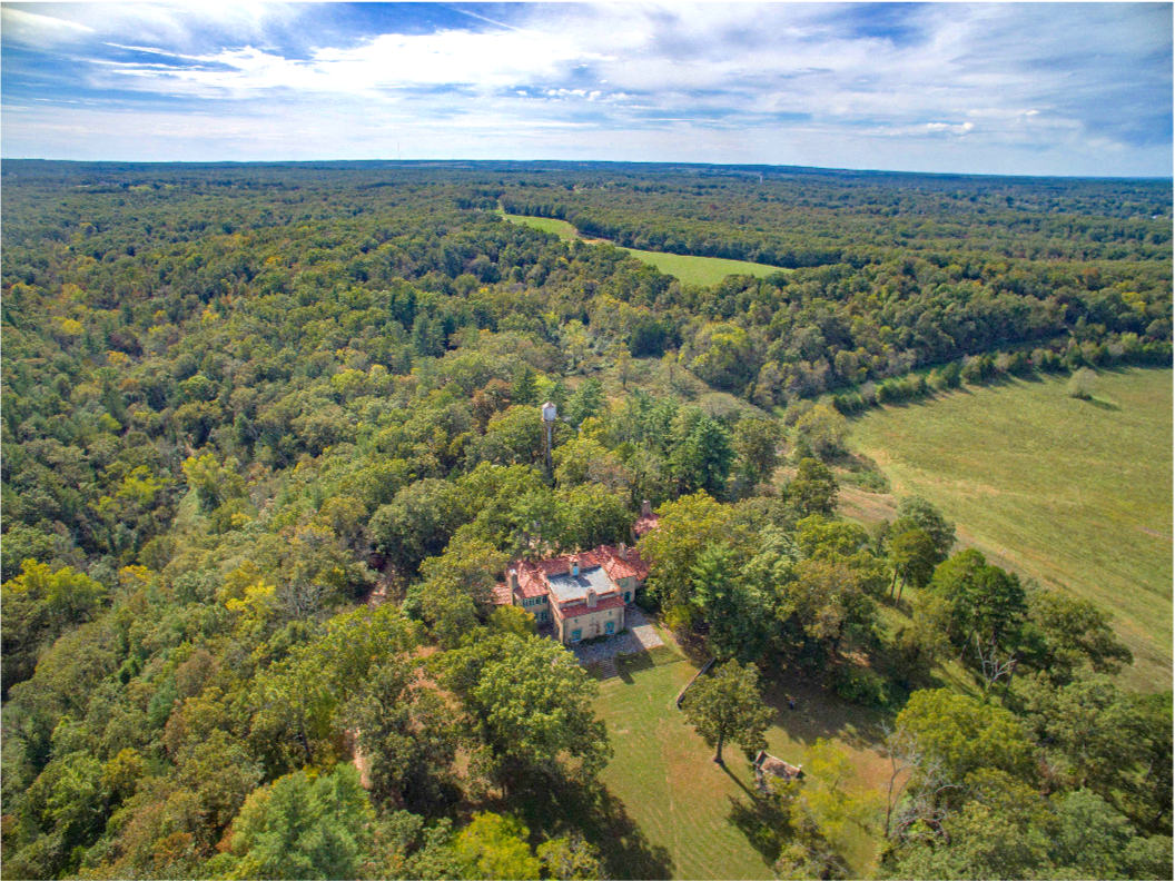 Eilbrunn RaNCH - CALL FOR PRICE1.5 hours away from St. Louis