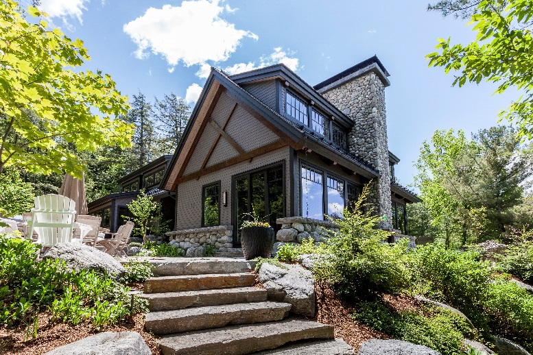 CONTEMPORARY CRAFTSMAN, LAKE JOSEPH