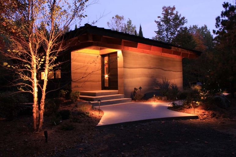 RAMMED EARTH ARTIST RETREAT