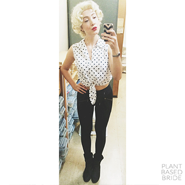 Easy Marilyn Monroe halloween costume! @elizabethturn / plantbasedbride.com