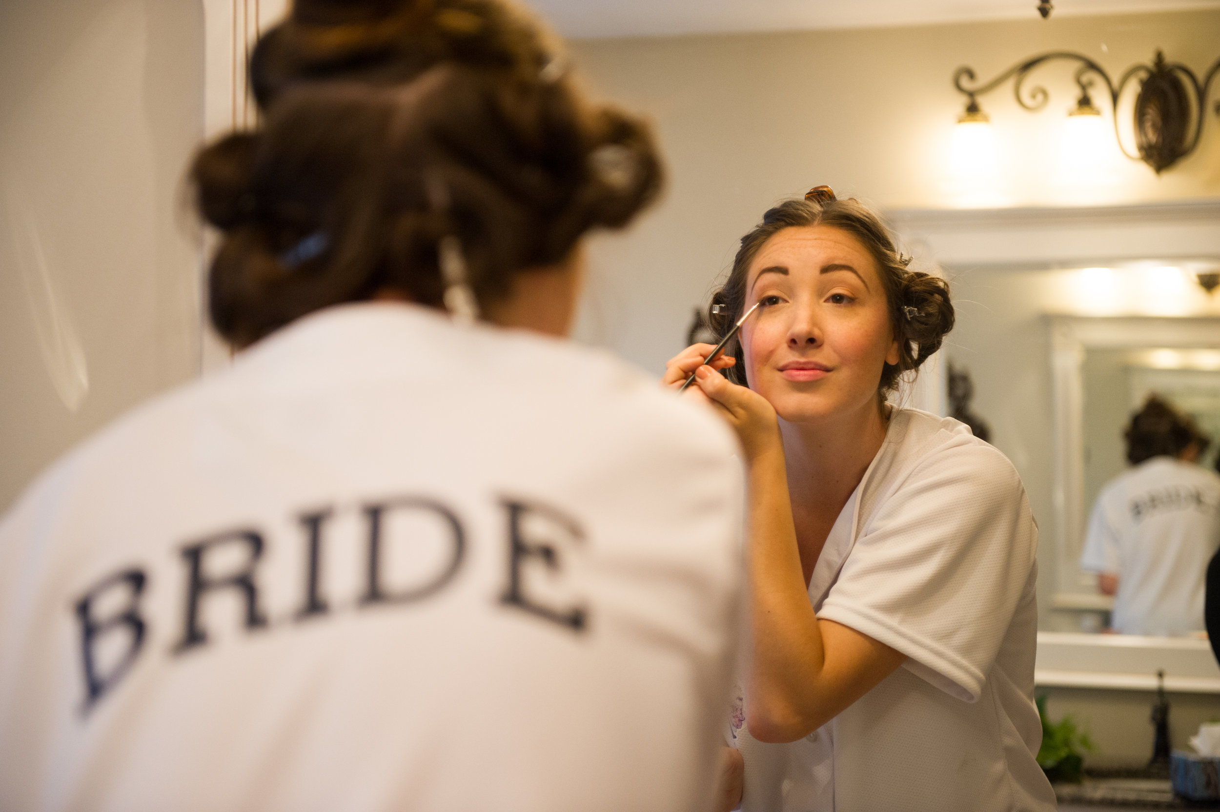 The bride getting ready // Wedding photography by Karmel Kreative // Plant Based Bride