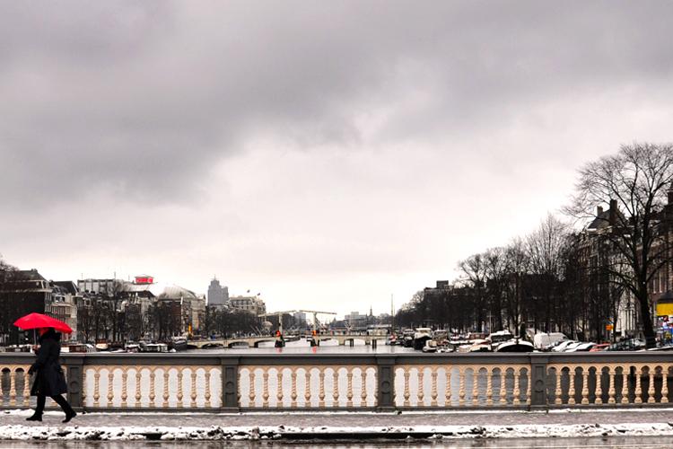 winter-day-in-amsterdam_5537723299_o.jpg