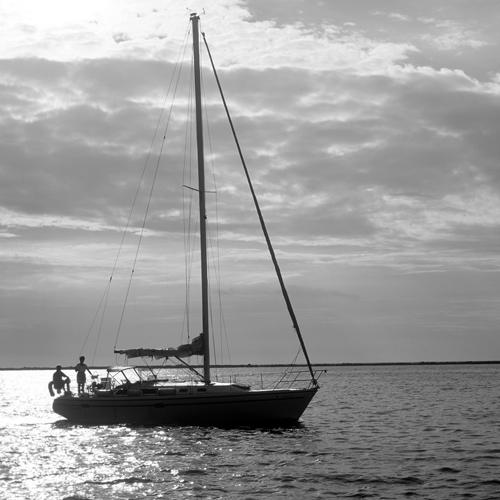 boat-on-lake-erie_6290080197_o.jpg