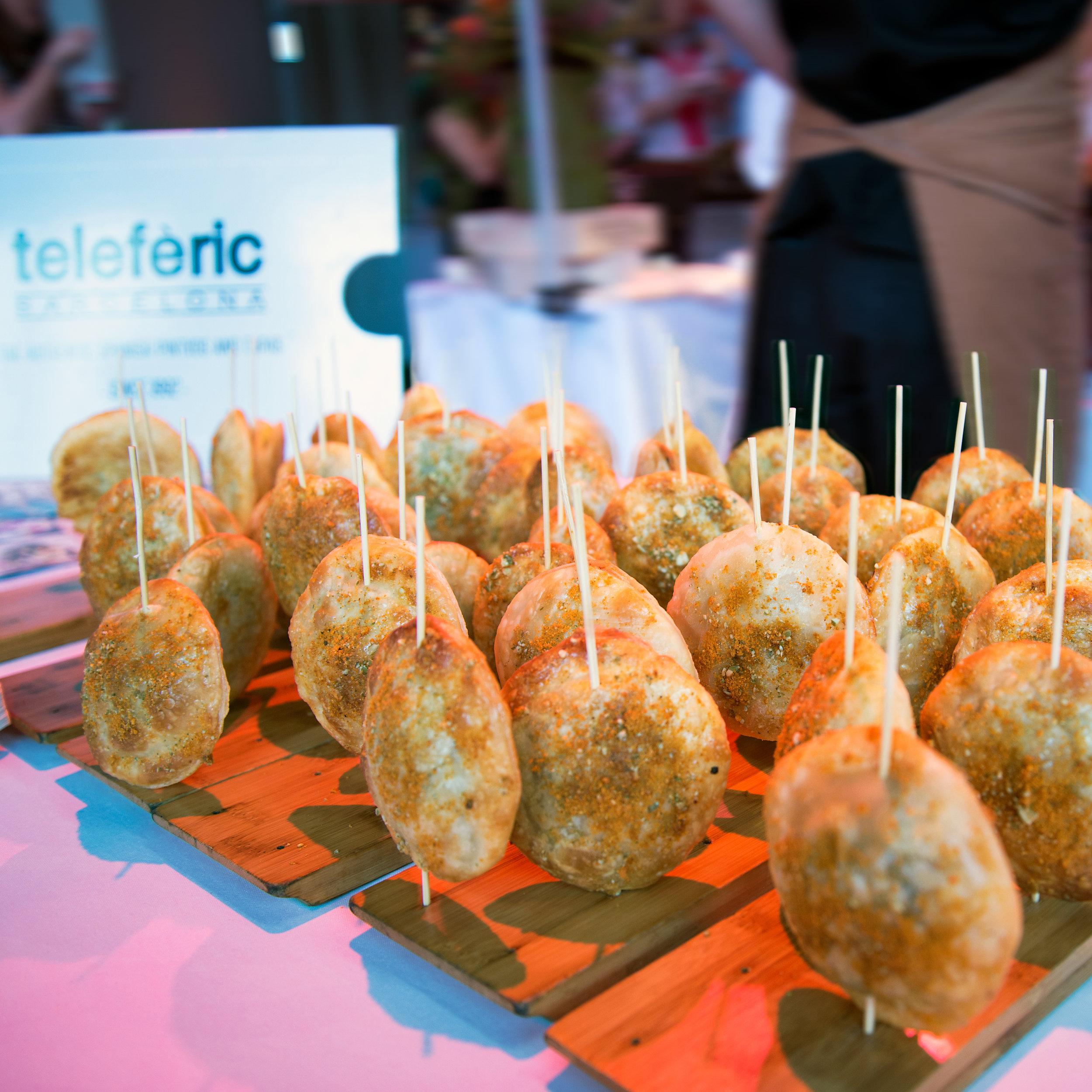 teleferic-barcelona_creamy-foir-grass-truffle-empanada_01.jpg
