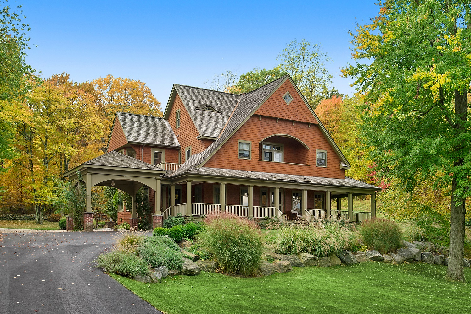 23 UPLAND LANE  CROTON ON HUDSON  LIST PRICE $1,548,000  SOLD PRICE $1,520,000  SOLD ON 06/26/19