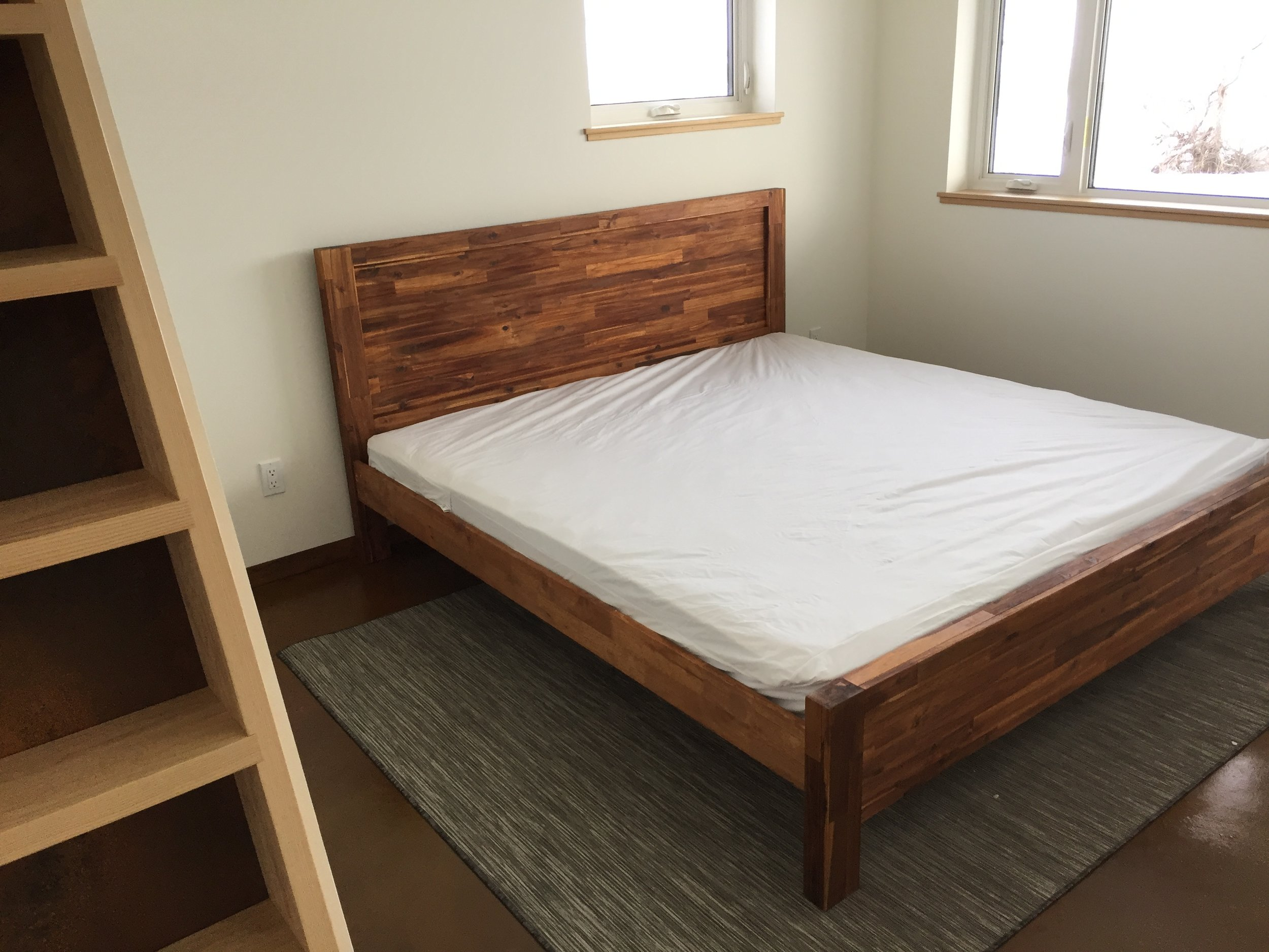 Ultra-comfortable 100% natural latex mattresses.