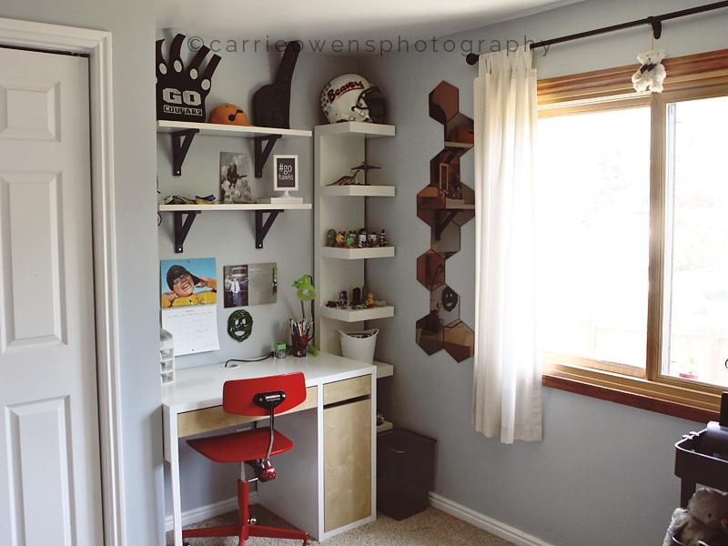 salt-lake-city-utah-teen-photographer-seahawks-bedroom-redesign-03.jpg