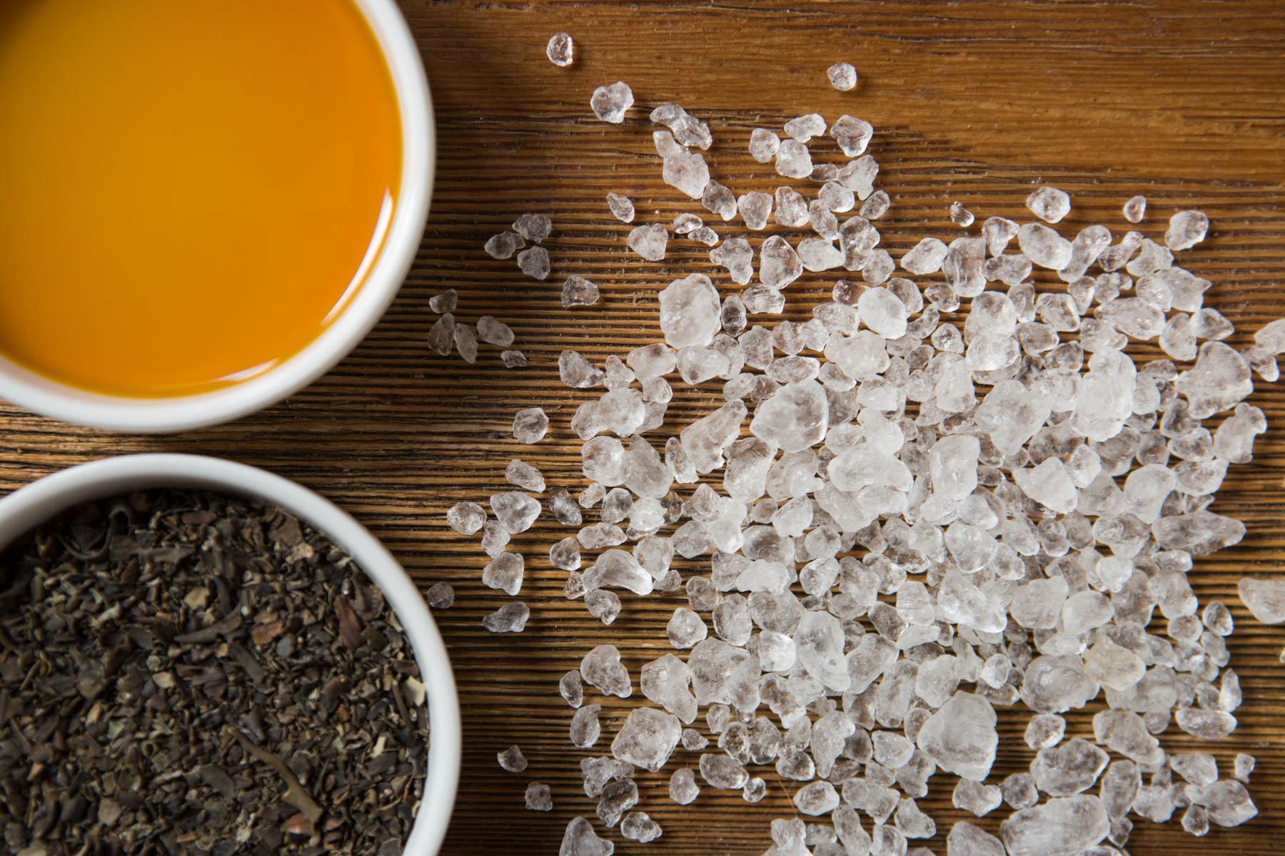 Dead Sea Salt + Essential Oil + Organic Seaweed